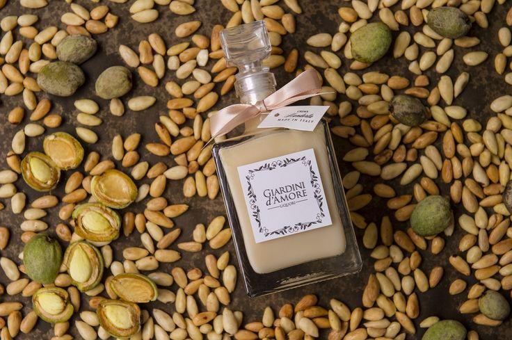 La Crema Mandorla - Puro desiderio /  Almond Cream -  Pure desire
