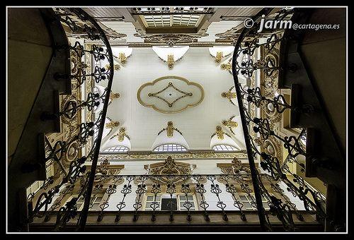 Escalera Casino Cartagena