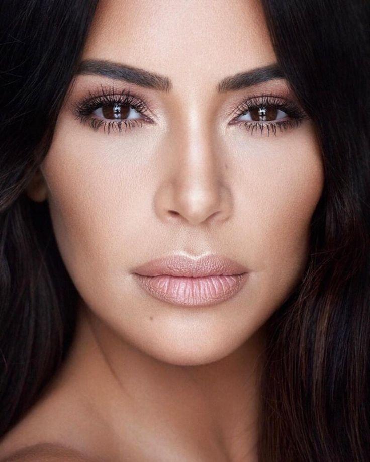 volle Lippen schminken Nude Farbe Kim Kardashian #beauty #makeup