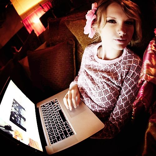 taylor swift rare pictures | Post a rare pic of Taylor Swift - Taylor Swift Answers - Fanpop