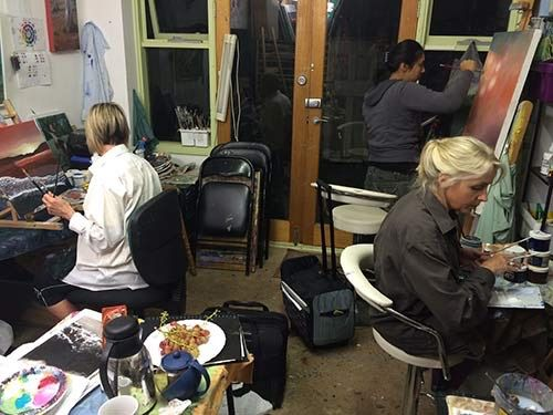 Onsite #PaintingClasses in #Melbourne , enrolments now open for term 3.