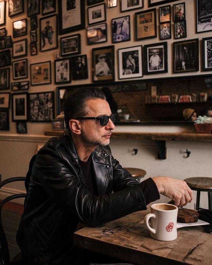 """""""Mi piace"""": 439, commenti: 17 - Cooklife Magazine (@cooklifemag) su Instagram: """"''Konuşmamız fazla uzun sürmediği için sonradan farkettiğim bir detay vardı ki kendisinin Depeche…"""""""