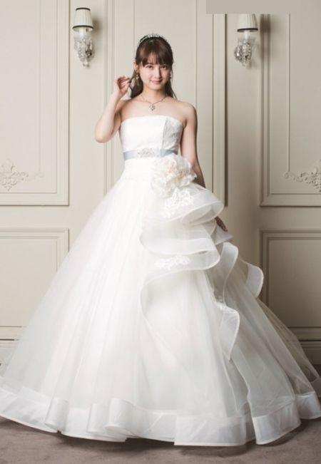e532289a265cc 佐々木希コレクション|衣装コレクション|ウエディングドレスのレンタルなら 東衣装店