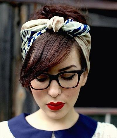 nouer foulard cheveux courts