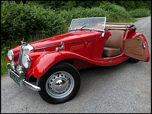 1954 mg tf roadster very similar to my dad 39 s 52 td very cool british racer things with. Black Bedroom Furniture Sets. Home Design Ideas