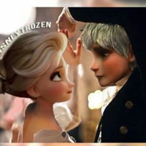 Jelsa. My goodness! The way he looks at her!!! Heart throb 101