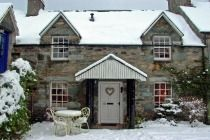 Vacation dreaming? You can rent a castle or cottage in Scotland on this site | Self catering cottages Scotland