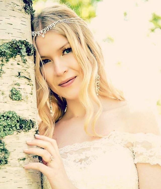 Dreaming of you ❤ #weddingphotography #bride #potrait #summerwedding #wedding #weddingideas #sheelf #fairy #ido #dreaming #fairytale #wife #iloveyou #bestdayever (photo:jussijeremiaphotography)