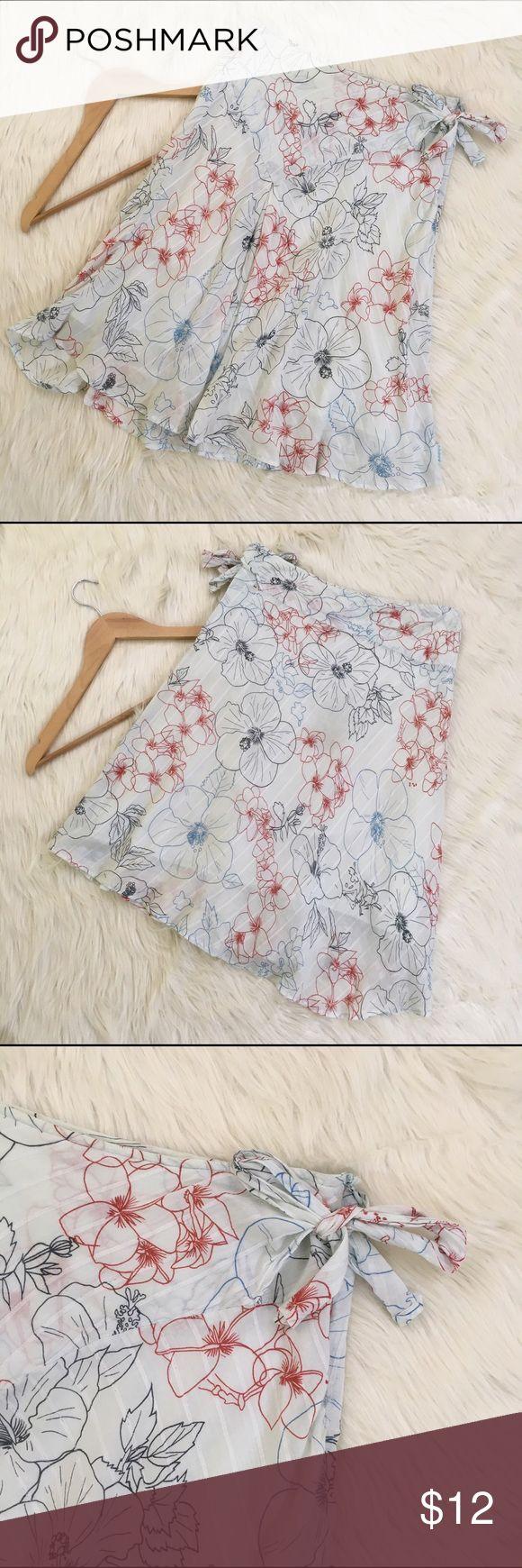 "💄Billabong Hawaiian Asymmetrical Hem Skirt Size 1 Billabong women's linen, Hawaiian floral skirt size 1. Tie waist, mid calf/Midi length, slightly asymmetrical. Light blue w/ blue and red designs. Perfect condition, no flaws. See photos for details.  Length: 23.5""  Waist flat: 14"" Billabong Skirts Asymmetrical"