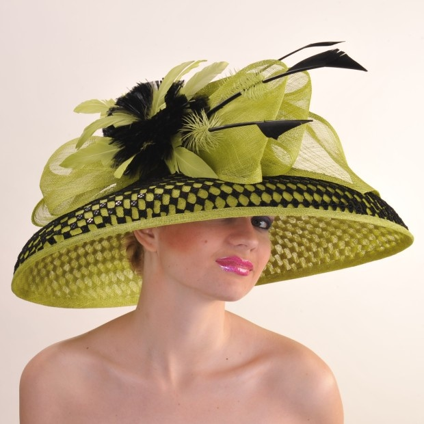 I kinda like this one....this site has a lot of neat derby hats: Colors Combos, Women Hats, Lady Hats, Kentucky Derby Hats, Contrast Hats, Nice Colors, Limes, Black, Christmas Gifts