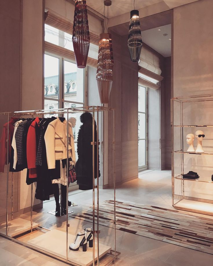 "LOUIS VUITTON, Place Vendome, Paris, France, ""Sneak peak inside the new flagship store"", photo by Adeline Çabale, pinned by Ton van der Veer"