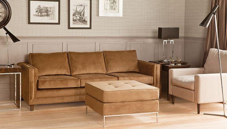 Tasteful comfort in a living room