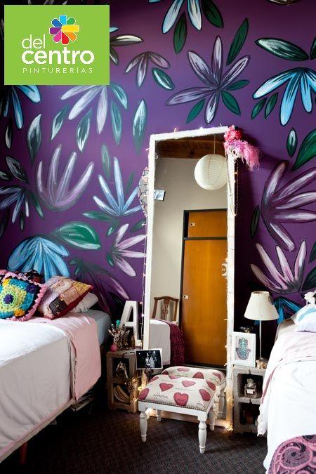 Violeta Victoriano de #Alba. Intenso y jugado para imponer carácter y arte en este dormitorio femenino.