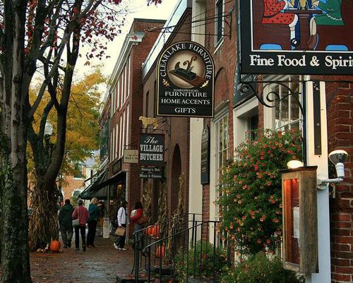 small town bakeries | Woodstock Vermont Best Small Town Downtown
