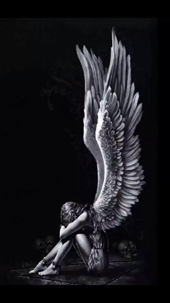 Гиф картинка грустного ангела эти