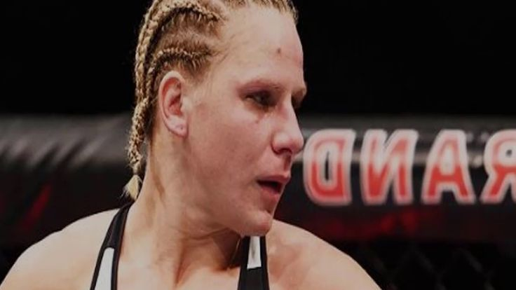 Justine Kish defecates in the octagon when locked in submission || top 7...