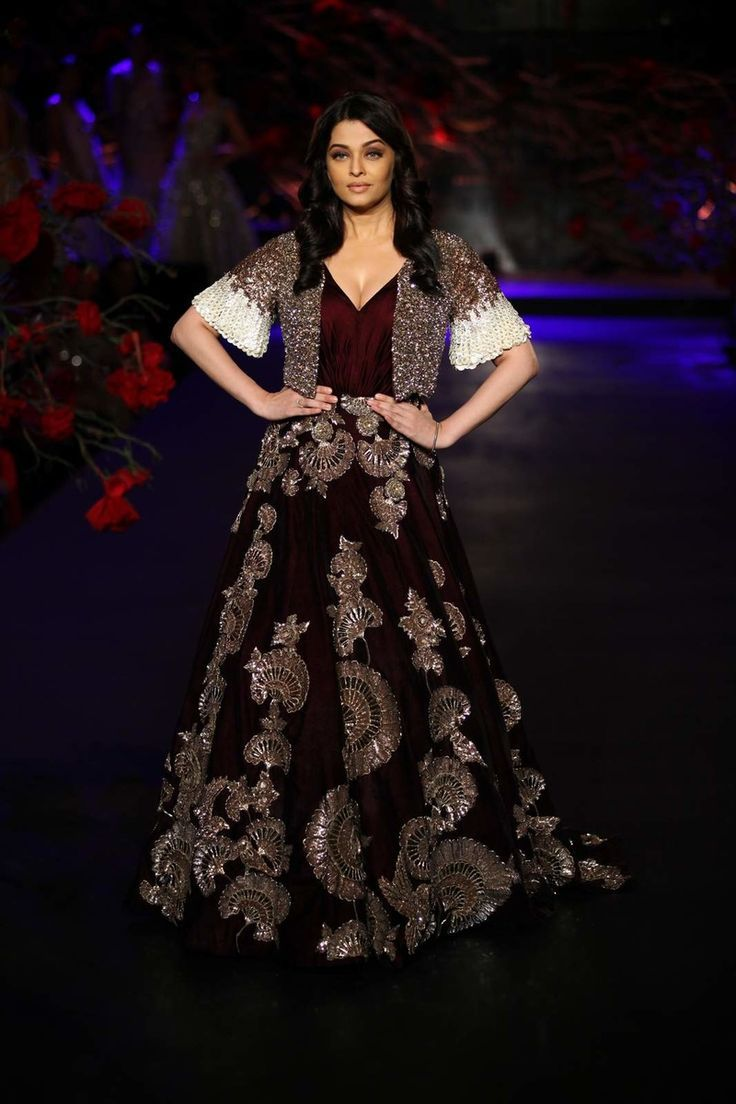 Cool Wedding Cocktail Dresses Manish Malhotra Empress Story 2015 Couture collection - Manish Malhotra Check more at http://24shopping.gq/fashion/wedding-cocktail-dresses-manish-malhotra-empress-story-2015-couture-collection-manish-malhotra-2/