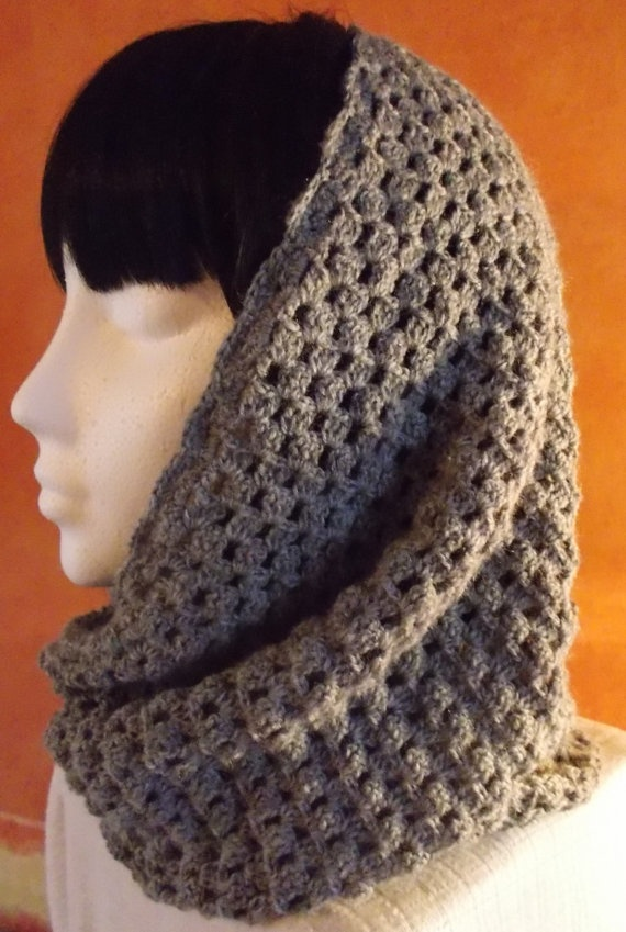Lovely Infinity Scarf or Cowl in Soft Grey by woollythings on Etsy, £20.00