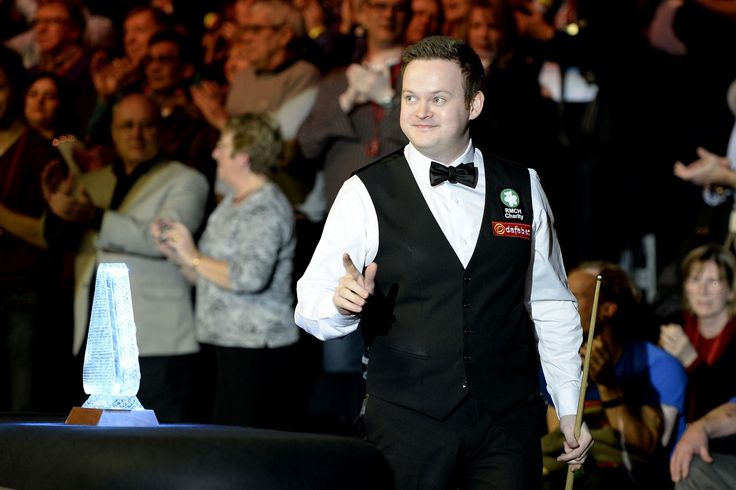 Shaun Murphy became the 10th man to win snooker's Triple Crown as he stunned Neil Robertson 10-2 at Alexandra Palace to win the Masters.