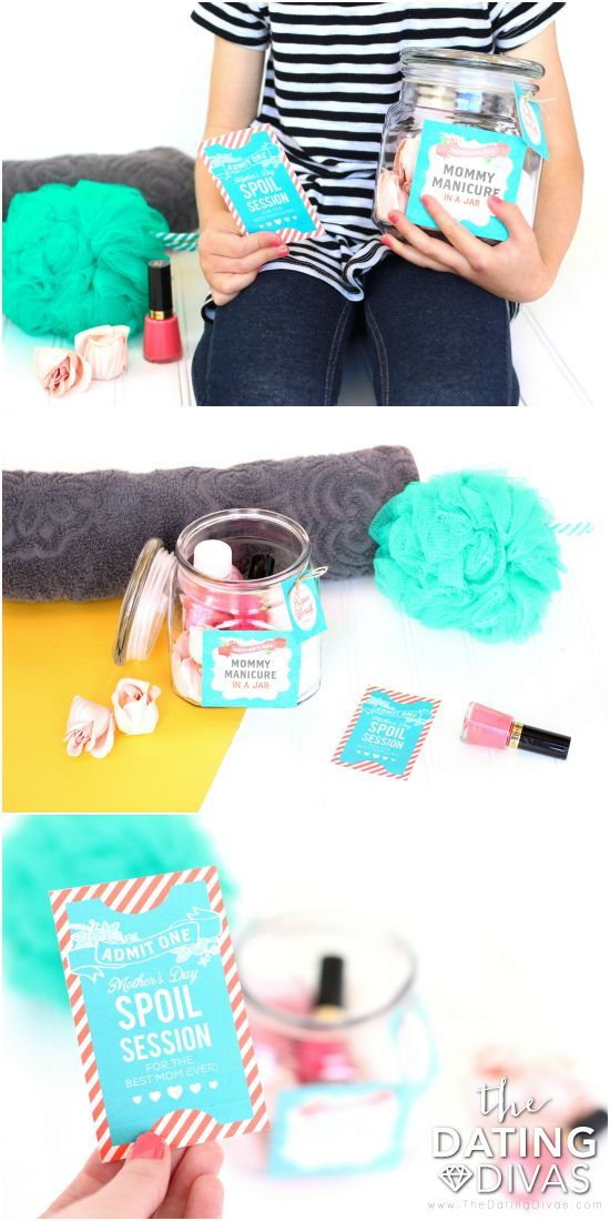 """Mother's Day Manicure Kit- printables for a """"Mommy Manicure in a Jar"""" such a darling Mother's Day Gift Idea! From TheDatingDivas.com"""