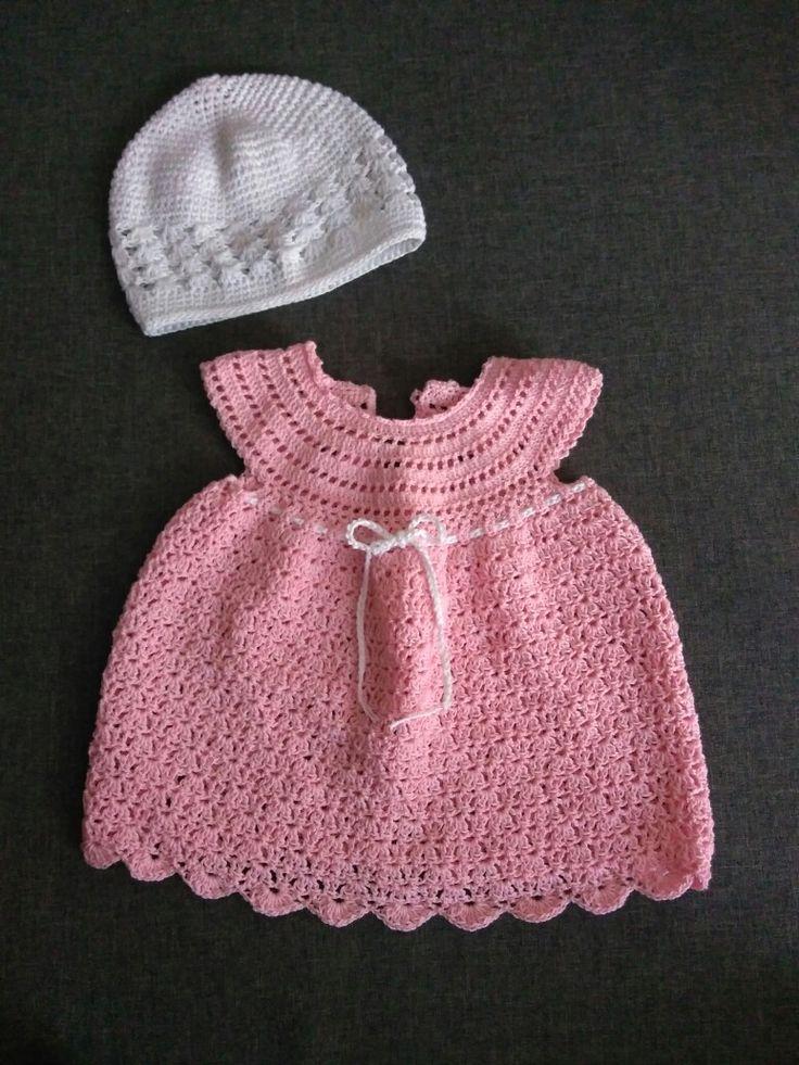 Σετ φόρεμα σκουφάκι.... #crochet #handmade #creations #dress #hat👒 #pink #white #newborn #love #happy #creations2017 #baby #girly🎀 #mygirl #mywork #metaxerakiamou #neraidodhmiourgies