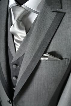 Suit should be solid or have subtle pinstripes