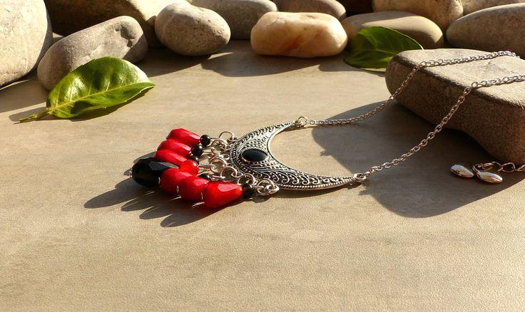 Collier en obsidienne noire et jade rouge, collier obsidienne et jade, bijou rouge et noir, collier couleurs rouge et noire, : Collier par lapassiondisabelle