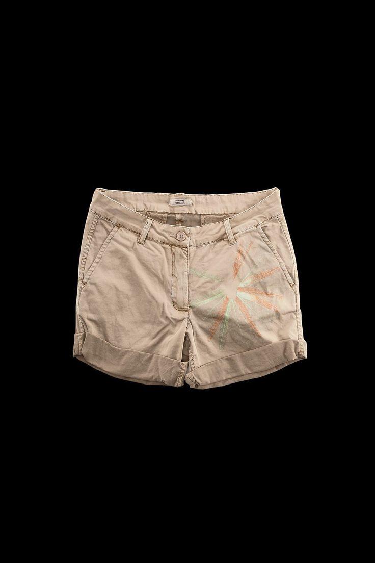 #BERMUDA #bermudaDONNA #shorts #shortpants #summerstyle #Bomboogie