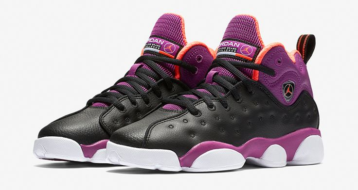 Among the most beloved Team Jordans is the Jumpman Team 2. A silhouette that wears great on court, the Jumpman Team 2 is set to kick start its retro run in 2016 with this exclusive girlscolorway. Taking from the Air Jordan 13 and fusing foundational design elements, this Jordan Jumpman Team 2 highlights a largely …
