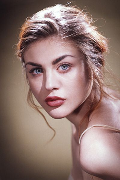 Frances Bean Cobain could not be anymore beautiful or cool.