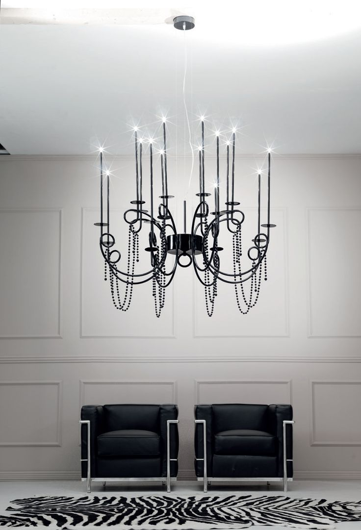 Evolution of the Calligrafico suspension series, the Nity series ensures greater versatility during installation. Though still a class II light, the safety transformer is integrated in the light body, thus eliminating the low-voltage power connection between the rosette and the light. This makes it possible to decide the length of the chandelier without having to ask for special lengths when ordering. design by Mario Maccarini for SP LIGHT and DESIGN