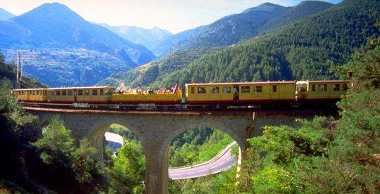 le petit train jaune