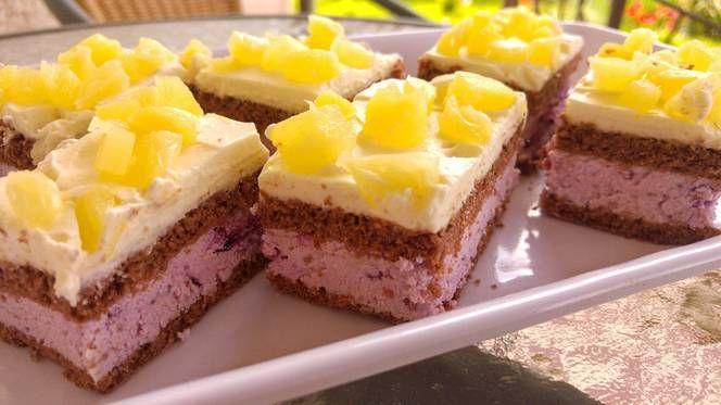 Erdei gyümölcsös-túrós szelet ananászos-vaníliás habbal