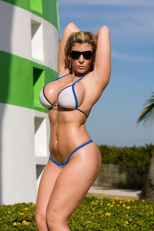 sara jay hot bikini pic
