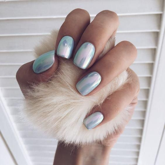Mirror covering of nails of many unusual manicure images