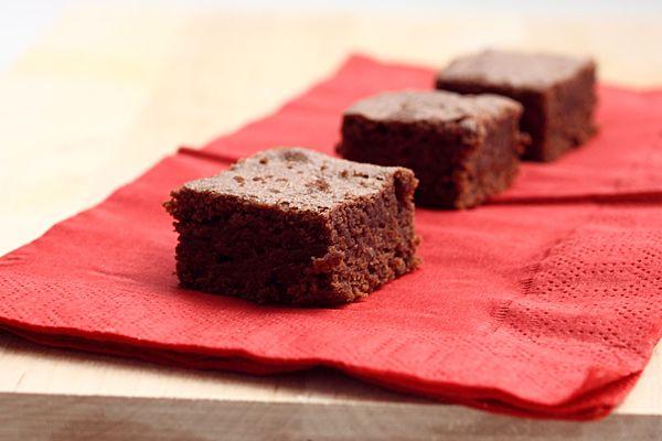 Étel, ital, kicsi Vú   –  Brownie