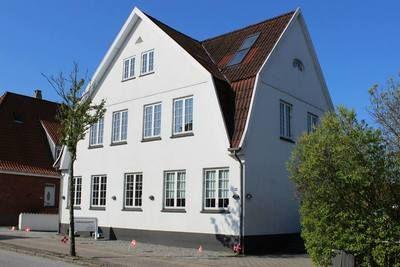 Callesensgade 18, 6200 Aabenraa, DK