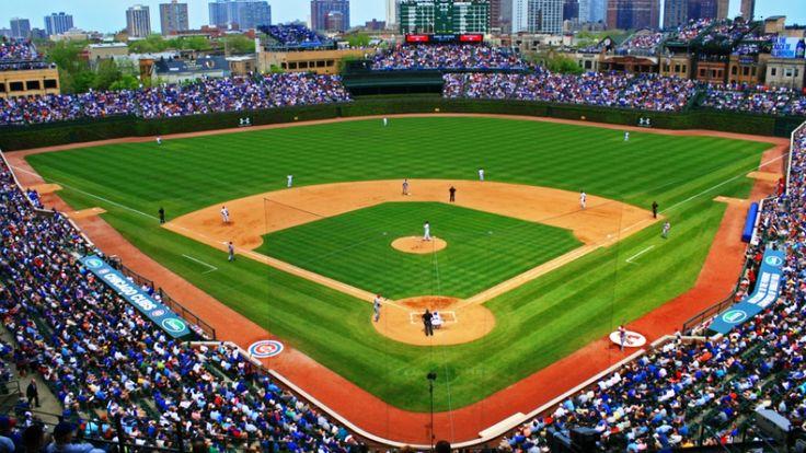 Best Chicago Neighborhoods for Sports Fans Wrigley field