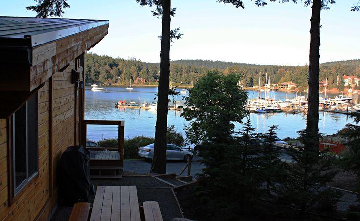 Snug Harbor Resort | One Bedroom Water View Cabin
