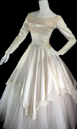 1950s wedding gown