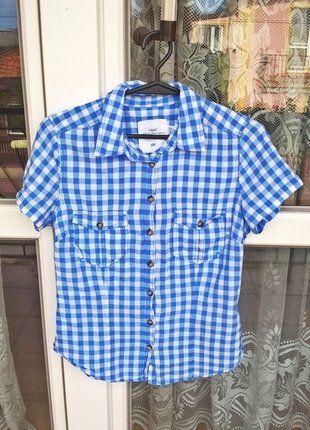 Kup mój przedmiot na #vintedpl http://www.vinted.pl/damska-odziez/koszulki-z-krotkim-rekawem-t-shirty/16754335-koszula-niebieska-marki-hm-nowa-idealna-na-walentynki