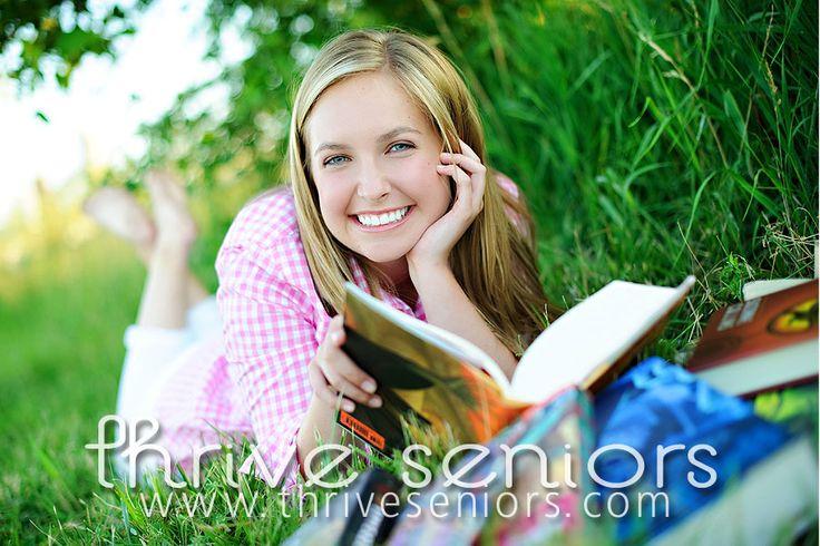 love the idea for senior pictures. @Autumn Short