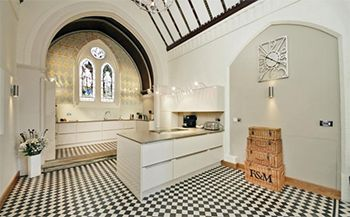 West Mids Church With Spacious Accommodation For Sale