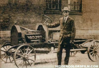 Did you know there was an African American owned car manufacturer? The C.R. Patterson & Son Carriage Co. of Greenfield, Ohio became the nation's, and the world's, 1st & only African-American founded & owned car manufacturing company. The company began as a manufacturer of horse drawn carriages & ended up as a manufacturer of buses for both urban transportation systems & rural school needs. In 1915 they came out with a car that was considered more sophisticated than Henry Ford's Model T cars.