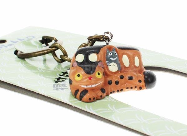 €3.50 Totoro avaimenperä (Catbus)