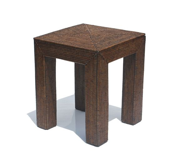 V842B Square London Table