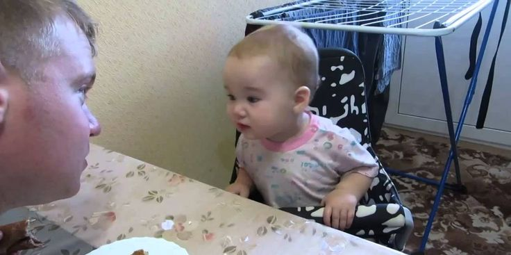 This Father Having A Heated Debate With His Toddler Kid Is The Cutest Ever. No idea what's being said but she is adorable!