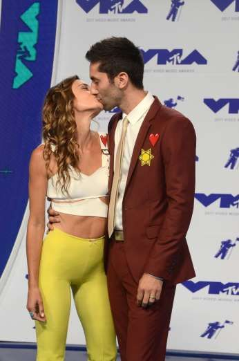 Celebrity PDA of 2017 - December 11, 2017:  Laura Perlongo and Nev Schulman packed on the PDA at the MTV Video Music Awards in Los Angeles on Aug. 27.
