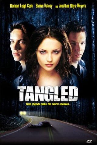 A young man is found bruised, beaten and stumbling down a secluded road. As the police try to piece together what happened, the convoluted relationship between a young woman and her two suitors gradually emerges.