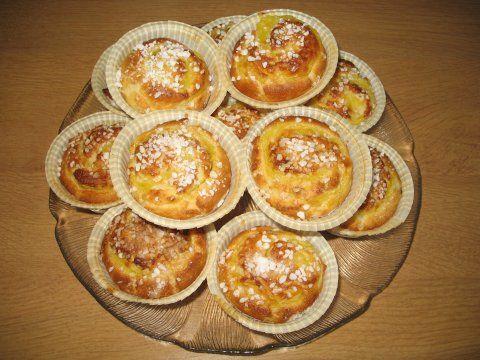 Pörden Keittiössä: Vaniljakierrepullat 36 kpl